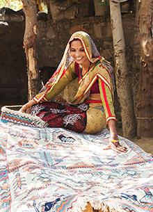 artisan-originals-antique-white-capri-rug1077889
