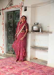 artisan-originals-velvet-red-velvet-red-rug1087764