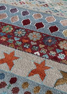 artisan-originals-soft-gray-antique-white-rug1101967